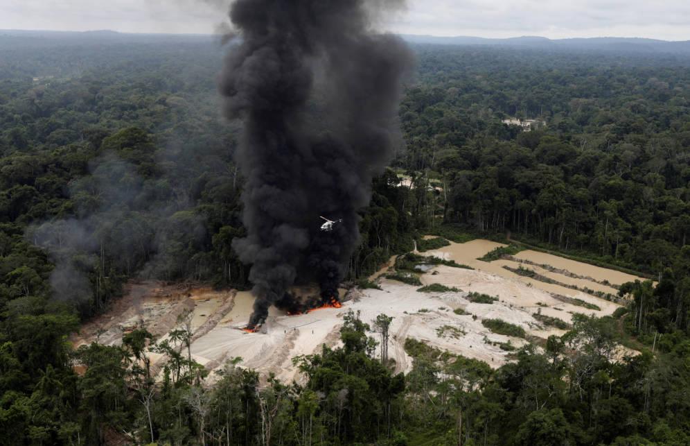 ONGs llaman a la UE a parar las negociaciones con Bolsonaro